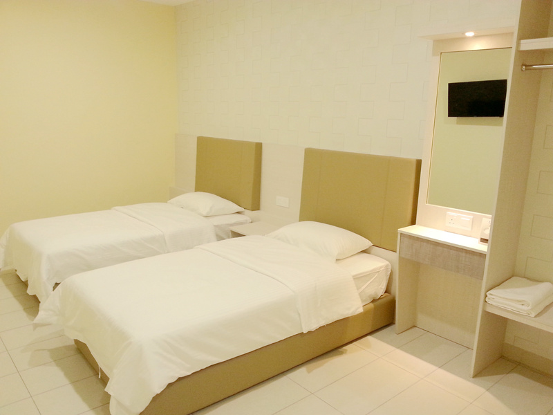superior-twin-room-01
